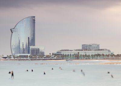barcelona-mar-hotel-wela-surfers-movimiento