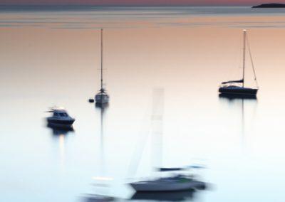 jordi-mestrich-abstraccion-barcos-amanecer