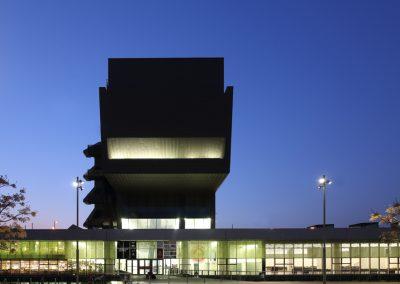museu-hub-alzado-posterior--barcelona-atardecer