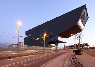 museu-hub-lateral-barcelona-atardecer-01