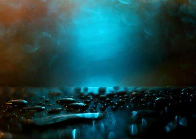 06-jordi-mestrich-noche-lluvia-gotas-luz-verde
